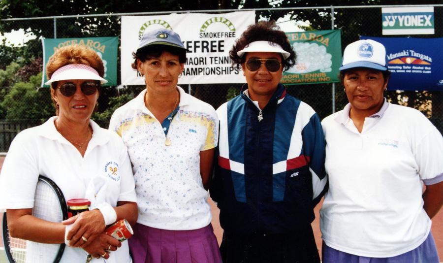 40-55 Womens doubles - Tilly Simeon/Karen Pocock (r/u) Rosa Taringa/Fiona Ngatoko (w)