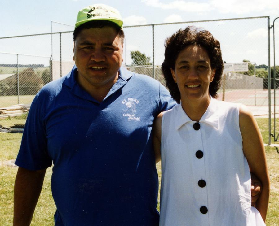 Geoff Kaye & Leona Davis