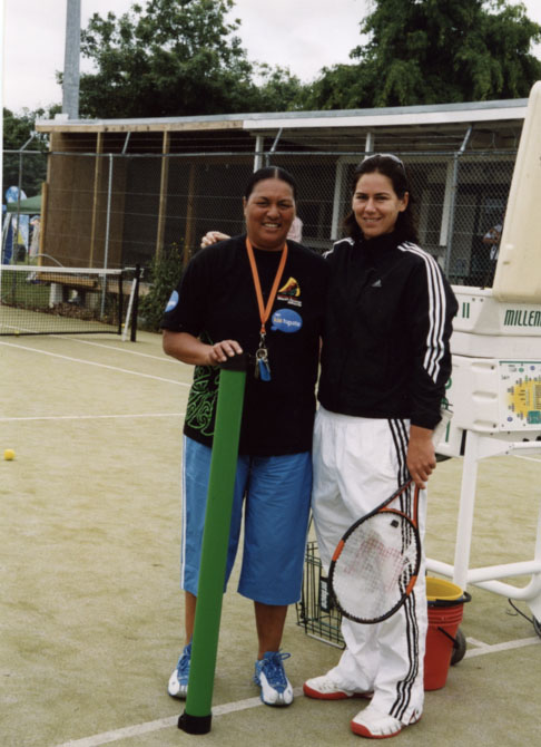 Desrae Garratt & Leanne Baker coaching at Tamariki Day, Mangere Central tennis 2015