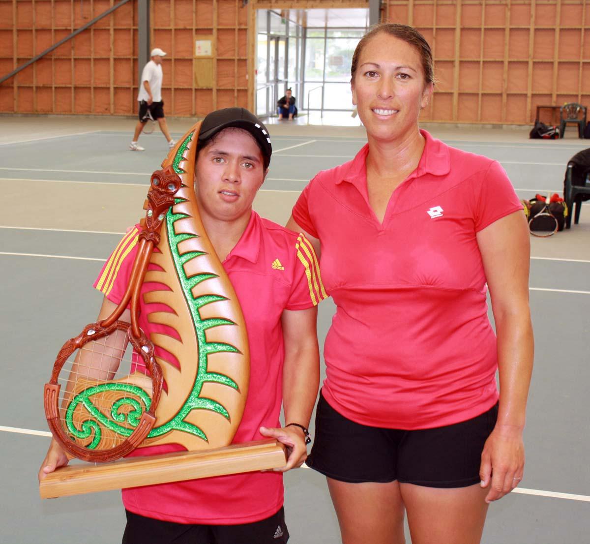 AMTA Hamilton - Womens singles final, Luci Barlow (w) & Shelley Bryce (r/u)
