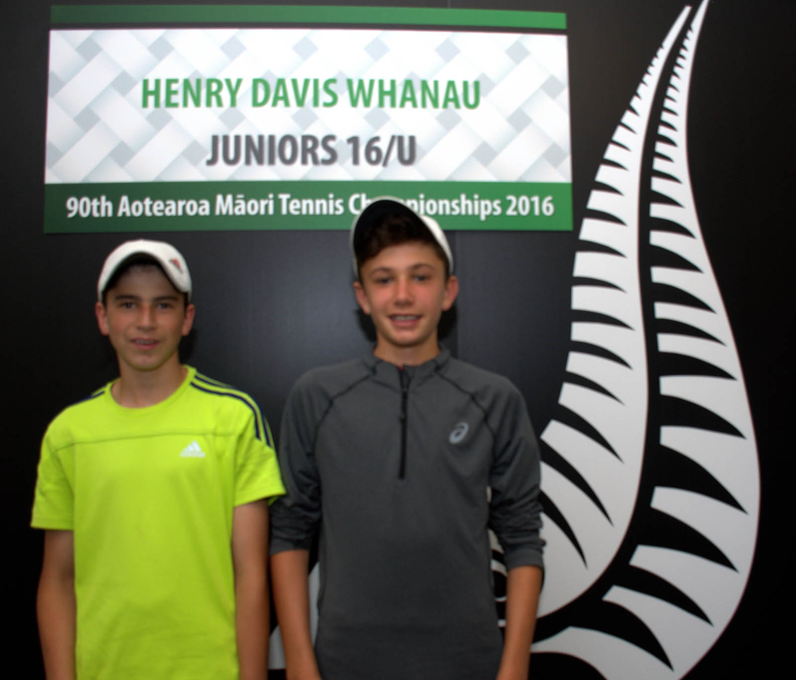 16s Boy Doubles Winners - Carlin Vollebregt and Rube Emmerson-Hini